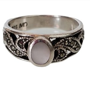 925 Silver Mother of Pearl Marquesite Ring